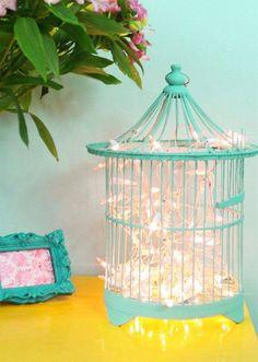Gaiola e pisca-piscas pra libertar, iluminar e decorar  Inspire-se...