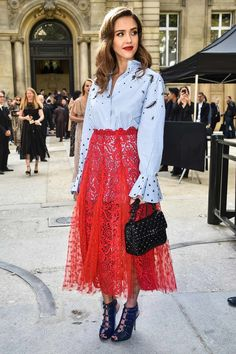 The darkly lined red lips & the strawberry lace skirt make this outfit for Jessica Alba.