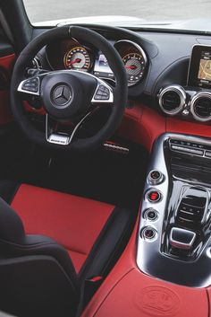 Best Dubai Luxury And Sports Cars In Dubai : Illustration Description themanliness: Mercedes AMG GT Mercedes Auto, Mercedes G Wagon, Black Mercedes Benz, Mercedes S550, Classic Mercedes, Royce, G Wagon Interior, Red Interior Car, Luxury Interior