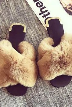 Fluffy Shoes, Shoe Chart, Cute Slides, Bear Slippers, Cute Sandals, Glitter Shoes, New Shoes, Me Too Shoes, Fashion Shoes