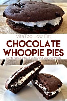 Deep Chocolate VitaTops combine with whipped cream, or fat-free cool whip, for these simple, no-fuss low-fat WW friendly chocolate whoopie pies! Low Fat Chocolate, Easy Chocolate Desserts, Ww Desserts, Weight Watchers Desserts, Chocolate Chip Oatmeal, Delicious Desserts, Dessert Recipes, Light Desserts, Banana Whoopie Pies