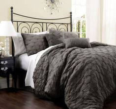 Grey Bedroom Ideas With The Perfect Comforter Cream Wall Color And Textured Grey Comforter For Small Bedroom Decorating Ideas With…