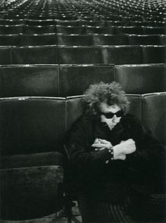 Bob Dylan at sound check at Royal Albert Hall photographed by Barry Feinstein, 1966