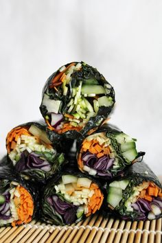 This Rawsome Vegan Life: raw nori wraps with red cabbage, cucumber, carrots, zucchini spicy dipping sauce