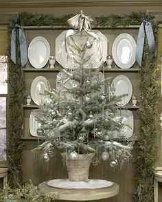 Ironstone with table-top tree