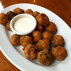 Outback Steakhouse Copycat Recipes: Bushman Mushrooms... this website has so many copycat recipes!