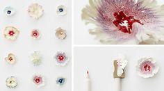 机の上にそっと咲く、鉛筆削りから生まれた「紙の花」   TABI LABO