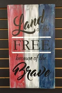 20 Patriotic Decoration Ideas: Where To Get From? Patriotic Crafts, July Crafts, Summer Crafts, Americana Crafts, Patriotic Party, Fourth Of July Decor, 4th Of July Decorations, July 4th, Painted Signs
