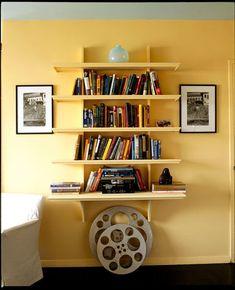 contemporary living room by Leslie Banker Designs