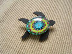 Cabochon Schmuck - Brosche, Meeresschildkröte - ein Designerstück von Self_Made_Creative bei DaWanda
