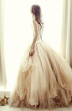 Oooooooh! Dress.......