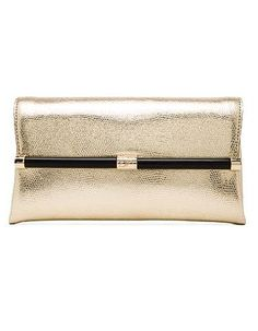gold envelope clutch  http://rstyle.me/n/m99z2pdpe