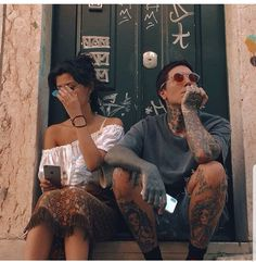 Alissa Salls and Oliver Sykes Oliver Sykes, Bring Me The Horizon, Matt Nicholls, Alissa Salls, Columbia, Boyfriend Photos, Just You And Me, Star Wars, Falling In Reverse