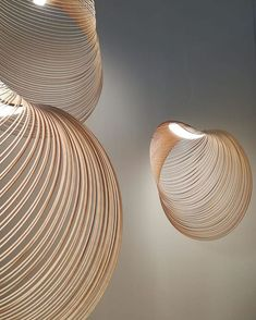 An amazing lamp made simply from wood by Zsuzsanna Horvath ( Luce Plan, Modern Lighting Design, Interior Design Magazine, Wooden Lamp, Design Awards, Decorative Bowls, Cool Designs, Lamps, Milan Design