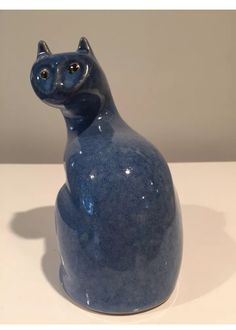 Pigeon Forge Pottery cat