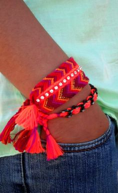 ♥ Friendship bracelets ♥