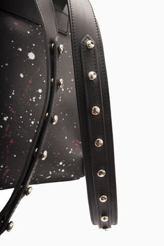 Beauty is in the details! These traps as beyond pretty. This Rocket studded backpack is part of the Starborn collection and available in the Studmuphin online store. Luxury Bag Brands, Luxury Bags, Studded Backpack, Leather Craft, Colorful Interiors, Attitude, Artisan, Backpacks, Detail