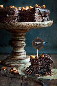 Chocolate cake with caramelised hazelnuts