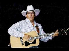 George Strait - Cow Town - YouTube