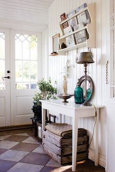 Vintage home decor gallery with great ideas! Estilo Cottage, Cottage Chic, Interior Design Kitchen, Interior Decorating, Vibeke Design, Home And Deco, Creative Home, Vintage Home Decor, Home Decor Inspiration