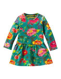 A-lijn jurkje van Katoen met Oilily-print. De jurk staat mooi wijd uit.