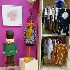 Acompañados de nuestro soldadito os decimos: hasta mañana!  www.nins.es    #nins #ninsmanresa #pictureoftheday #bestoftheday #cotton #tinycottons #aw16 #modainfantil #moda #instadaily #photooftoday #photo #instalike #instagood #kikkid #pimacotton #faceyourfaces #holland #shoponline #shop