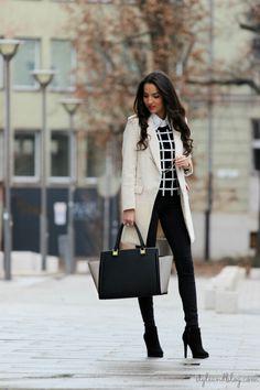 look élégant avec des bottines noires