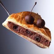 Galette fourrée au chocolat et aux griottines - une recette Fête - Cuisine