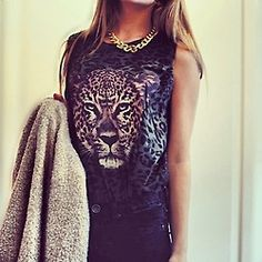 Cheetah top and golden chain necklace