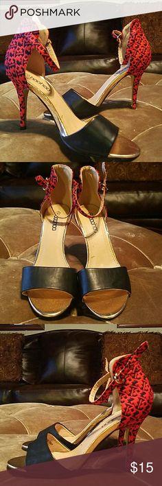 boohoo color block Aztec heels size 10 (40) boohoo brand size 10 (40) Boohoo Shoes Heels
