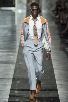 #Fendi Men's Spring/Summer 2018 - Milano Moda Uomo