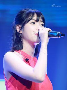 Korean Girl, Cool Girl, Singer, Entertaining, Hair Styles, Photos, Beauty, Girls, Fashion