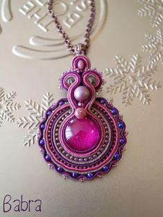 Babragyöngy Soutache Pendant, Soutache Necklace, Fabric Necklace, Fabric Jewelry, Beaded Jewelry, Tutorial Soutache, Handmade Necklaces, Handmade Jewelry, Passementerie
