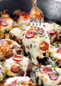 Pepperoni Pizza Stuffed Mishrooms