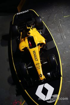 Renault Team 2016 livery at Renault Team 2016 livery unveil High-Res Professional Motorsports Photography Renault F1 Team, Renault Sport, Racing Car Images, Alpine Renault, Car Logos, Car In The World, Car Wrap, Motogp, Race Cars
