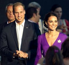wearing Issa and a diamond brooch on loan from the Queen #katemiddleton #princewilliam