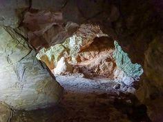 Csévi szirtek Pilis- 10km-es túra, barlangokkal