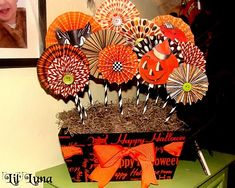 Halloween paper centerpiece