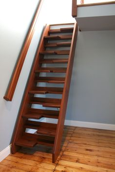 3 Grand Tips: Attic Library Under Stairs attic loft fit.Attic Kitchen Low Ceiling old attic knee walls.Old Attic Knee Walls. Small Space Staircase, Loft Staircase, Attic Stairs, Basement Stairs, Staircase Design, Staircases, Stairs In Small Spaces, Space Saving Staircase, Steep Staircase
