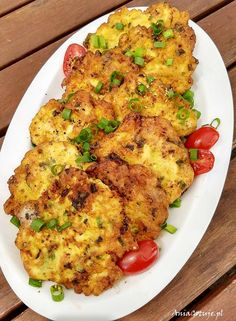 patelnię o średnicy cm Pork Recipes, Chicken Recipes, Cooking Recipes, Appetizer Recipes, Dinner Recipes, Mouth Watering Food, Indian Food Recipes, Food Inspiration, Food Porn