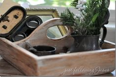 Wood caddy made to look vintage