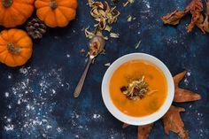 Pumpkin soup #flatlay #topview #godsview #food #foodphotography #yemekfotografciligi #yemekfotografcisi #orange #colour #spice #miniature #macro #flatlay #studioshot #darkblue #balkabagı #halloween #celebration #aycayalciner #photographer #autumn #dryleaves #spoon #delicious #healthyfood #diet #vitamin #soup #bowl