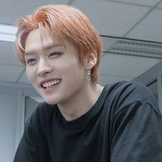 Minho, Lee Know Stray Kids, Hair Icon, Orange Aesthetic, Kids Board, Kids Icon, Oui Oui, Lee Min Ho, K Idols