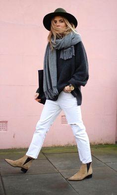 ¿Amas los pantalones blancos pero no sabes como usarlos en invierno? Revisa estas imágenes y se solucionará tu problema!