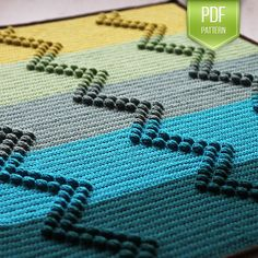 Instant download PDF pattern in EN and NL--  The Charlie blanket is a modern twist on the ripple blanket!  The textured popcorns form a crisp