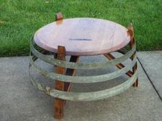41 Extraordinary Diy Wine Barrel Ring Ideas Amazing Home Decor - Beautifull HD Wallpapers Wine Barrel Diy, Wine Barrel Chairs, Wine Barrel Rings, Wine Barrel Furniture, Wine Barrels, Barris, Barrel Projects, Wine Decor, Tables