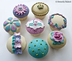 Mothers Day cupcakes - These were the cupcakes I made for Mothers Day in UK yesterday. Hope you like them.