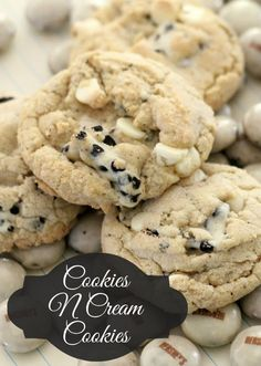Cookies N Cream Cookies....a delight when unexpected.  The link doesn't take you directly to the recipe, but just click the linky for her recipes.