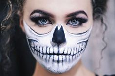 Hallowen Makeup Get the look using Jala Cosmos Swype Liner in Jet Black, available at: www. , Get the look using Jala Cosmos Swype Liner in Jet Black, available at: www. Get the look using Jala Cosmos Swype Liner in Jet Black, available. Half Skeleton Makeup, Half Skull Makeup, Half Face Makeup, Half Skull Face Paint, Skull Makeup Tutorial Half, Looks Halloween, Halloween Inspo, Scary Halloween, Halloween 2019
