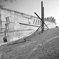 Cementerio Igualada / Enric Miralles + Carme Pinos